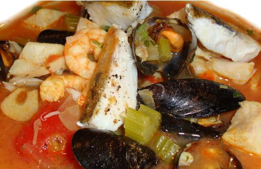 Fischsuppe mit Miesmuscheln und Garnelen